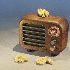Opis Radio 3 – Small Wooden Retro Bluetooth Speaker and VHF Radio (Walnut)