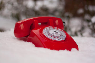 red Opis 60s mobile in snow